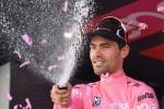 Giro, Dumoulin indenne sulle Dolomiti: polemica con Nibali