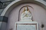 Nuovo sfregio alla fontana di Sant'Agata a Catania, presa a mazzate