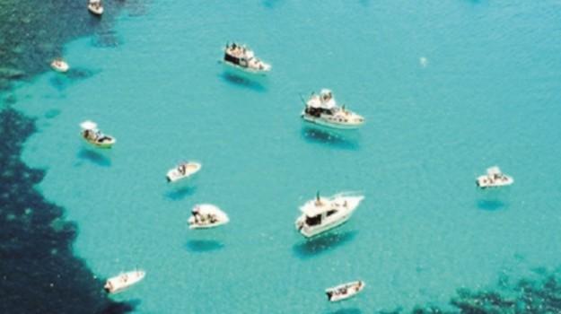 barche, giapponesi, Lampedusa, turisti, Agrigento, Società