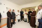L'arcivescovo Lorefice in visita all'Ismett di Palermo