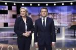 Francia, il dibattito Macron-Le Pen in tv finisce a colpi di insulti