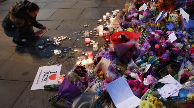 attentato di Manchester, kamikaze, strage di Manchester, terrorismo, Sicilia, Mondo