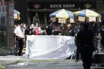 Auto sulla folla nel cuore di New York: la vittima è una ragazza di 18 anni