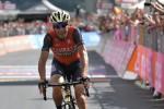 Trionfo Nibali, vince la Milano-Sanremo con uno scatto sul Poggio