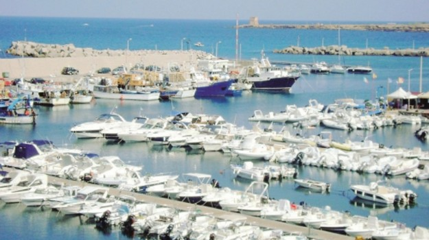 Balestrate, porto, san vito lo capo, Sicilia, Economia
