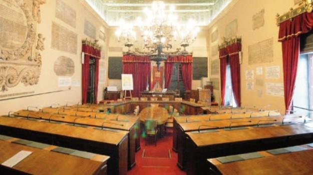 consiglio comunale palermo, sala delle lapidi, Totò Orlando, Palermo, Politica