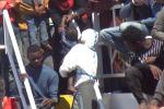 In arrivo a Catania nave con 800 migranti e 3 salme