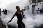 """Tensione e scontri al corteo """"No G7"""", le foto da Giardini Naxos"""