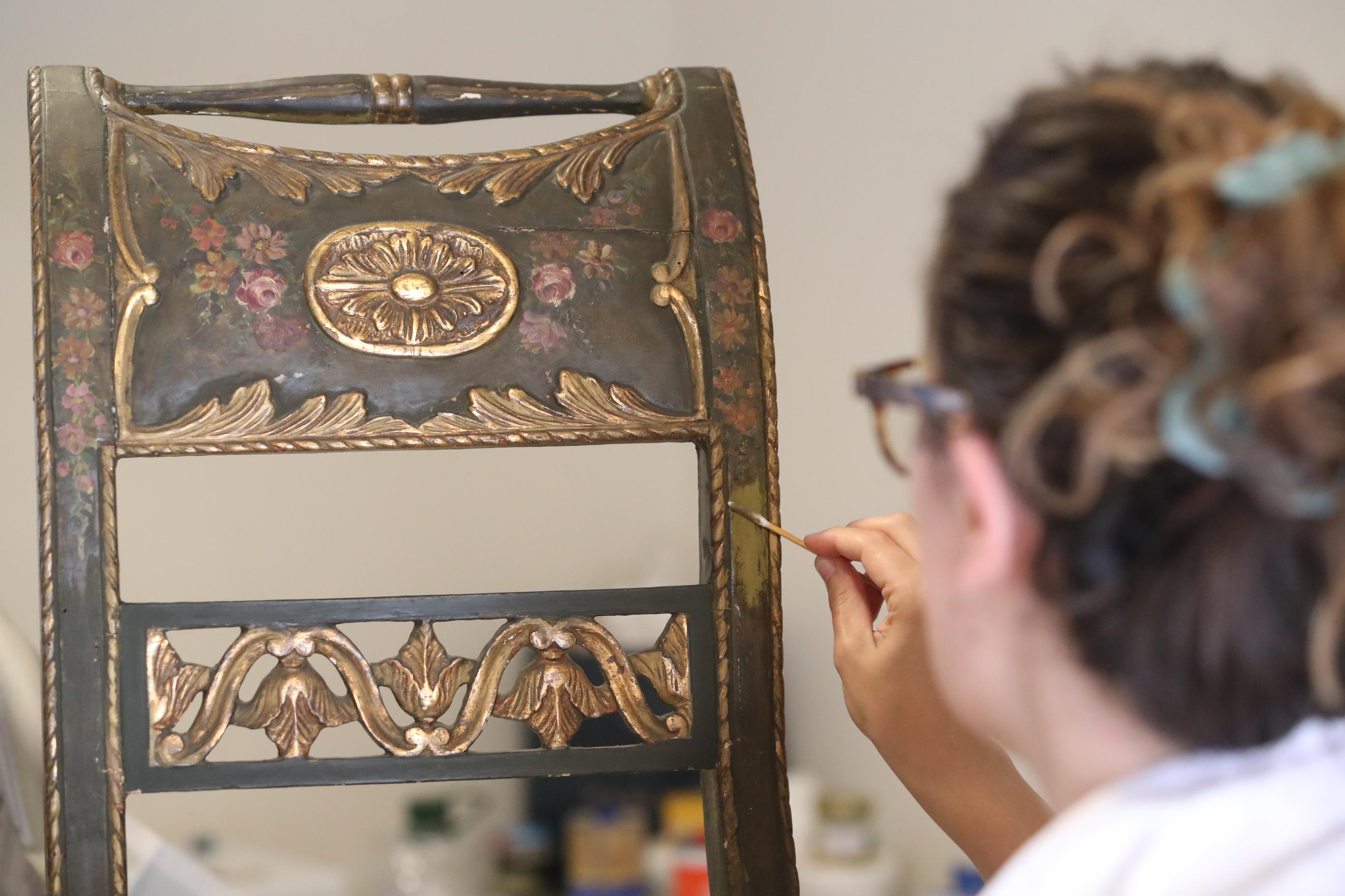 Al via il restauro del salottino di palazzo mirto le foto