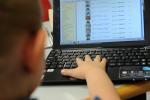 Bimbi online da pc si imbattono più spesso in alcol e droga