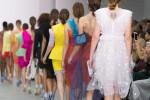 Colossi della moda dicono no a modelle troppo giovani e magre: le nuove regole
