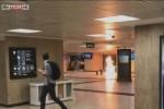 Un frame tratto da SkyTg24 mostra il principio d'incendio dopo l'attentato