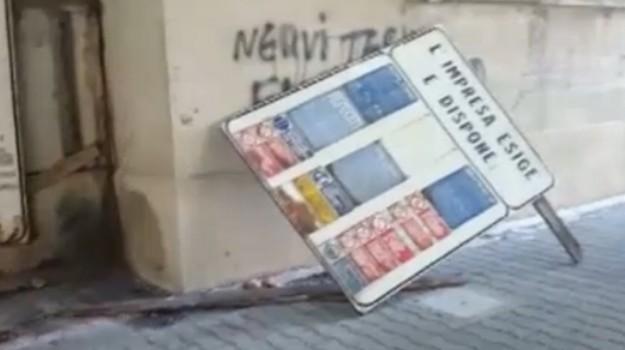 cartellone, Messina, Cronaca