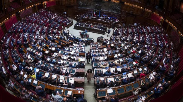 Arriva l 39 ok della camera il codice antimafia sar legge for Rassegna stampa camera deputati