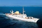 Ormeggiato a Lipari lo yacht che fu di Onassis