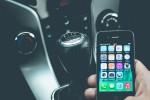 iPhone, blocco automatico delle notifiche mentre si guida: in autunno la novità per la sicurezza