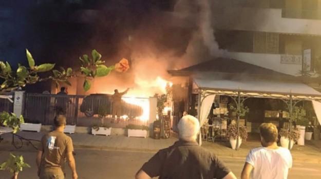 incendio piraino, Messina, Cronaca