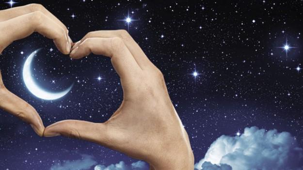 iniziativa, notte romantica, Sicilia, Società