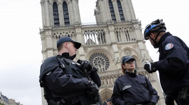 attacco parigi, terrorismo, Sicilia, Mondo