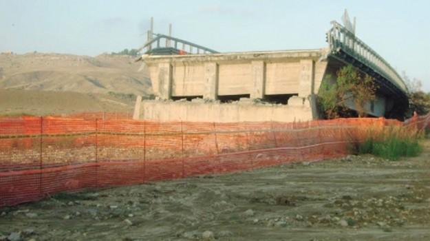 ponte petrulla, Agrigento, Economia