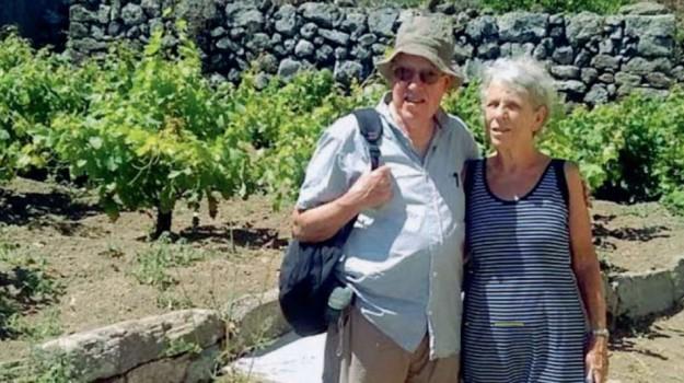 da londra a pantelleria, ricerca nonno anarchico, Sean Sayers, Trapani, Società