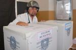 Beppe Grillo, al voto al seggo di Sant'Ilario