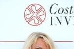 Pamela Anderson e l'ex 007 Brosnan in Costa Smeralda