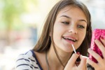 Make up per teenager foto ixmike iStock.