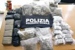 Quindici chili di droga nelle gomme dell'auto, catanese arrestato a Pozzallo