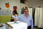 """Trapani, Fazio rinuncia al ballottaggio: """"Non impedisco l'elezione del sindaco"""". Ma a Savona servirà il doppio quorum"""