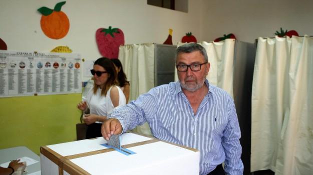 Girolamo Fazio, Pietro Savona, Trapani, Politica