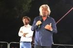 """Grillo a Palermo: """"Priorità reddito di cittadinanza e scuola"""""""