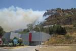 Momenti di panico a Caccamo, paura per un incendio: case e negozi in pericolo - Video
