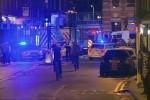 Furgone piomba sulla folla a Londra Spari e assalto con coltello La polizia inglese: ci sono vittime