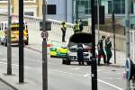 Londra sotto attacco, dodici arresti Identikit di uno dei terroristi: sposato con figli, tratti mediorientali