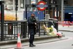 La notte di terrore a Londra, 7 morti 21 i feriti gravi, blitz con 12 arresti Uno dei killer dai tratti mediorentali