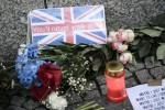 Gli attentati di Londra, nuovi arresti e perquisizioni: la prima vittima identificata è una canadese