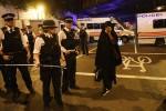 Furgone piomba sulla folla a Londra, le prime immagini da Finsbury Park