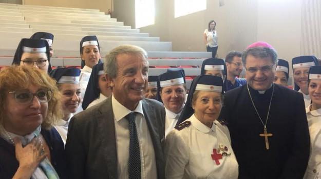 monsignor, oncologia policlinico palermo, Palermo, visita, Corrado Lorefice, Palermo, Cronaca