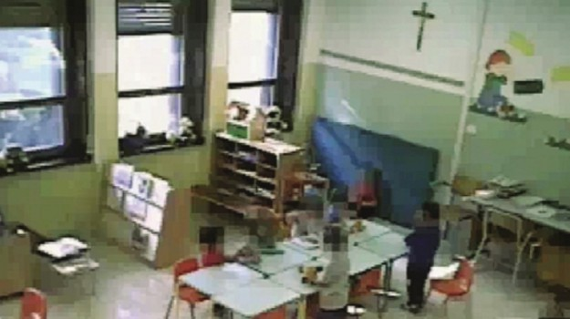 Insulti e maltrattamenti in classe, sei maestre sotto accusa fra Trapani e Modica