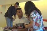 Marco Carta a Palermo firma copie del suo nuovo album: fan in delirio - Il video