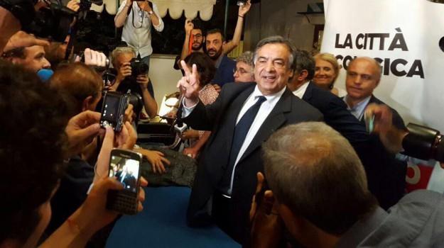 Elezioni regionali, modello palermo, Fausto Raciti, Giusto Catania, Leoluca Orlando, Matteo Renzi, Sicilia, Politica