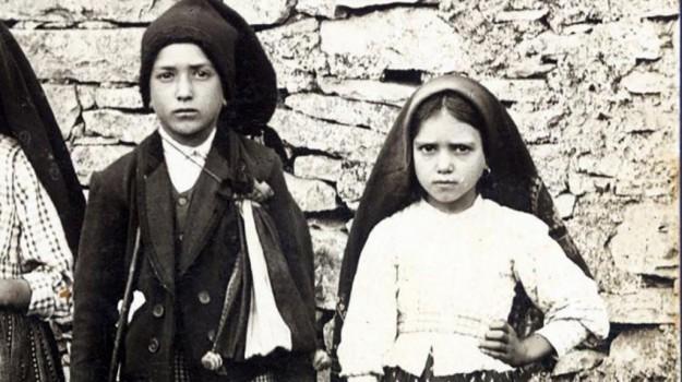chiesa ai decollati palermo, madonna di Fatima, pastorelli di fatima, Palermo, Società