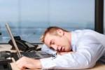 """Niente """"pennichella"""" nell'orario di lavoro: si rischia il licenziamento"""