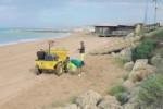 San Leone, iniziata la pulizia della spiaggia