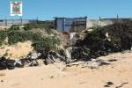 Rifiuti in spiaggia a Ragusa, denunciati 15 imprenditori