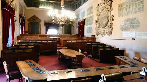 bilancio consiglio comunale palermo, Palermo, Politica