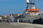 Sbarcano 412 migranti a Trapani, accertati 256 casi di scabbia