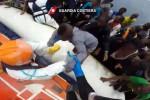 Migranti a Palermo, domani nuovo sbarco: nave della guardia costiera con 1.096 persone