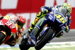 MotoGp, show italiano ad Assen: vince Valentino, secondo Petrucci